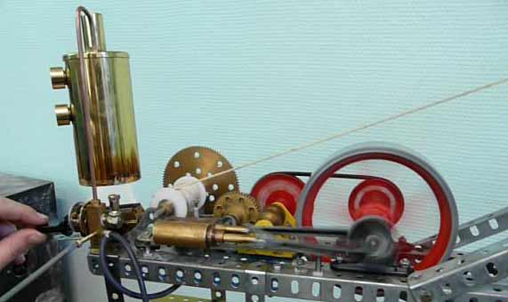 grue vapeur construction en pi ces meccano moteur vapeur inverseur r ducteur chaudi re. Black Bedroom Furniture Sets. Home Design Ideas