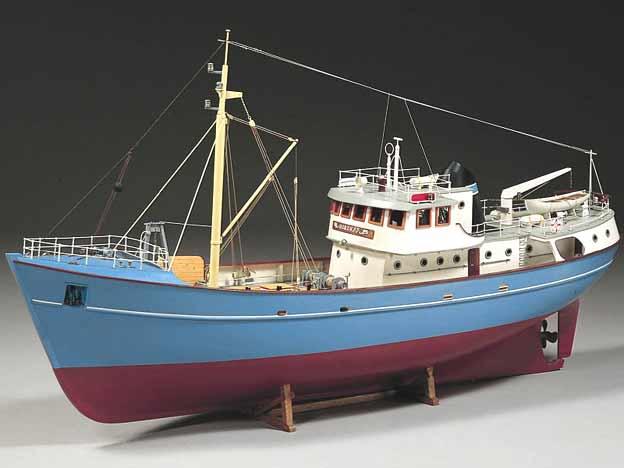 bateau de peche modele reduit